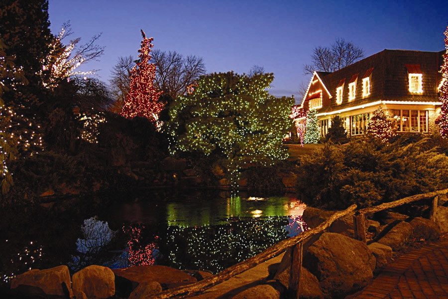 Top Places To View Holiday Lights In Philadelphia