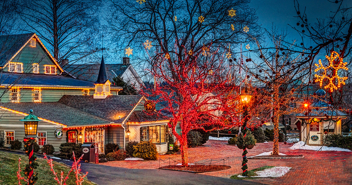 The Holiday Season Arrives In Peddler's Village With A Full Month Of  Festivities - The Holiday Season Arrives In Peddler's Village With A Full Month Of