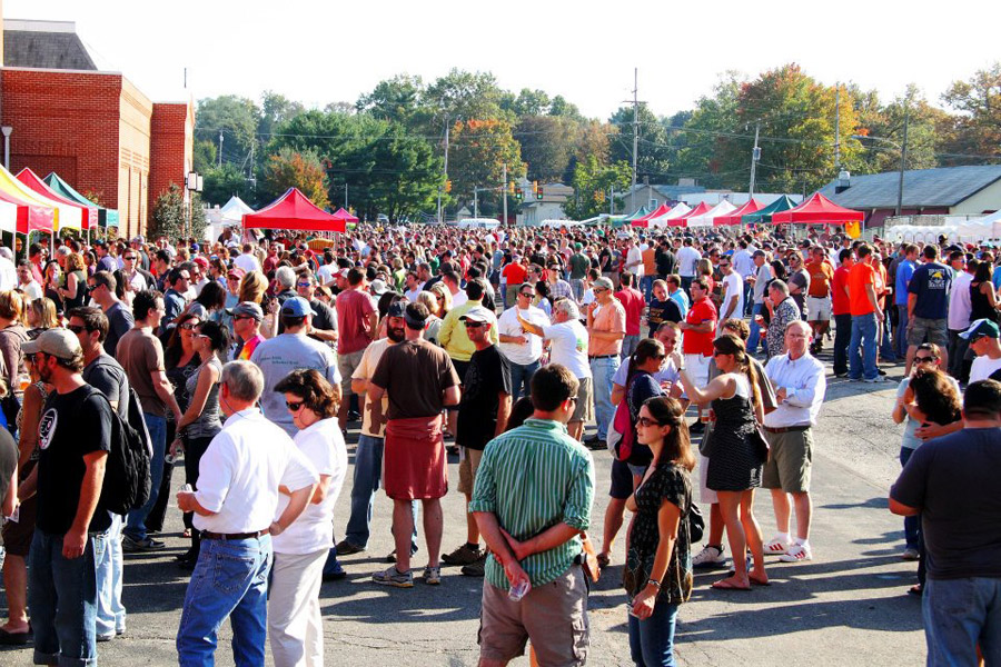 The crowd at Kennett Brewfest