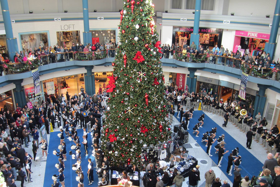 Christmas Tree Shop Hours Pa Part - 25: Holiday Tree Lighting At The Shops At Liberty Place
