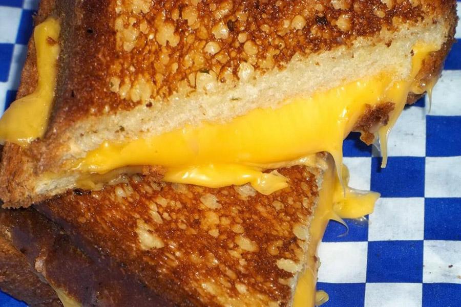 Dadz Grilled Cheese