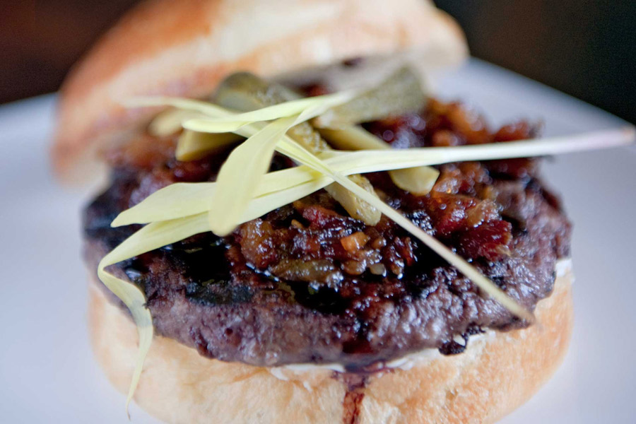 14 Burgers To Eat In Philadelphia This Summer Visit Philadelphia