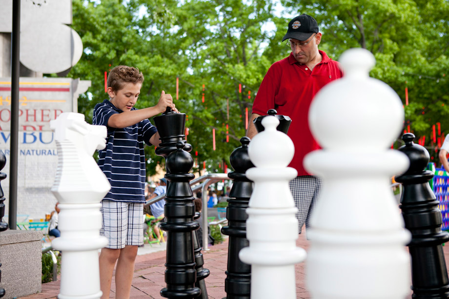 chess at spruce street harbor park
